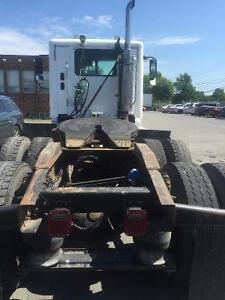 FREIGHTLINER COLUMBIA TRUCK FOR  SALE West Island Greater Montréal image 5
