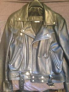 Leather Motorcycle Jacket.   Mens Size medium.   Thick Cow Hyde.
