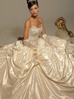Hollywood Dreams Wedding Gowns Ex Display