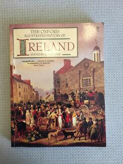 Book: The Oxford Illustrated History of Ireland
