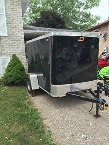 5' X 8' enclosed trailer