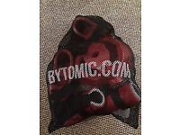 Bytomic Kickboxing/KungFu Junior Sparring Set in net bag. Hardly used. Similar to one in picture.