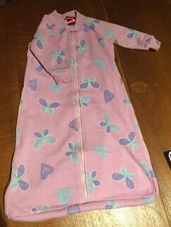Dimples  size 0 sleeping bag