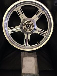 "Brand NEW RARE Harley Davidson 19"" Chrome Front Wheel"