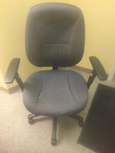 2 FREE OFFICE CHAIRS