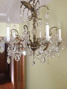 High quality brass/crystal chandelier w/wall sconces