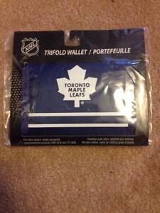 Toronto Maple Leafs Trifold Wallet (new, never been opened) $5 Cambridge Kitchener Area image 1