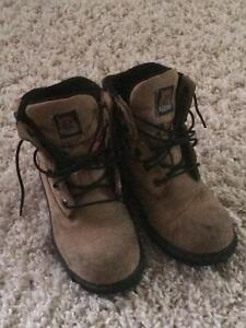 steel toes work boots