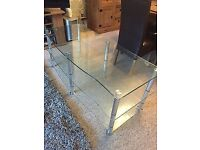 AS NEW VERY LARGE GLASS TV STAND COST 260 CAN DELIVER