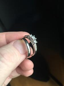 Women's wedding ring and band
