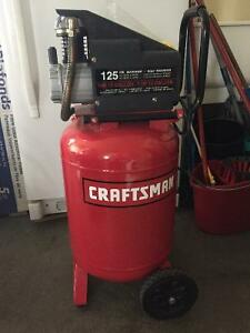 Compresseur Craftsman de 12 gallons, 1 hp et 125 psi maximum