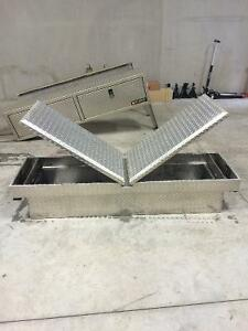 Gull Wing Aluminum Side To Side Truck Tool Box