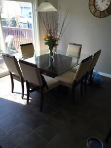Kitchen Glass Table and Six Chairs