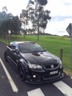 my2012 holden commodore ve sv6 s2 ,manual  logbooks ,clean title,