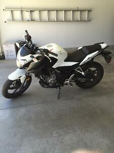 2015 HONDA CB300F **Only 602 KMs**