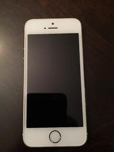 IPhone 5s gold 16GB for Rogers
