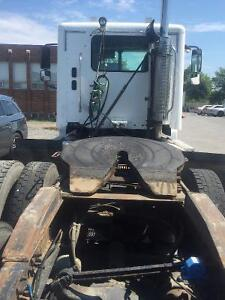 FREIGHTLINER COLUMBIA TRUCK FOR  SALE West Island Greater Montréal image 4