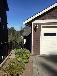 5 Bedroom Home in the Langford/Bear Mountain Area