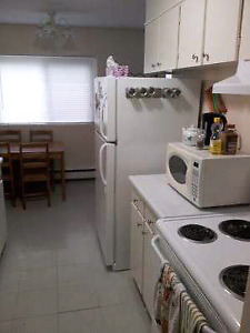 2-room apt - all-inclusive- Avail May 1 - 47 Thomas