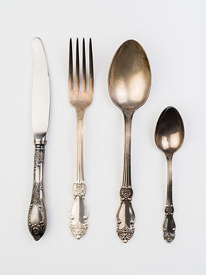 how to clean silverware at home