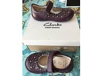 Clarks First Shoes - Softly Ida - Girls (Purple) 4F
