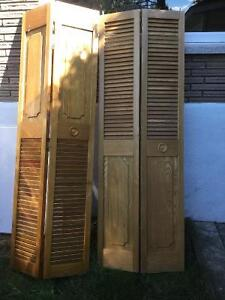 Portes pour garde-robe style persiennes
