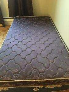 TWIN SIZE DELUXE FOAM MATRESS EXTRA FIRM