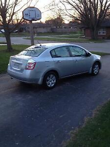 Reliable 2009 Nissan Sentra Sedan $3950