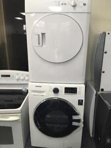 108- NEUF - NEW Laveuse Mini Secheuse Frontale SAMSUNG Compact  Frontload Washerand Dryer NEUF - NEW