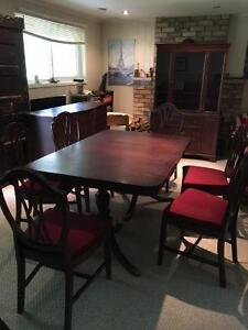 Dining set with buffet and hutch, sideboard, Knechtel