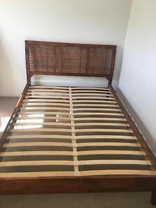 Double bed frame (wooden) Mount Gravatt East Brisbane South East Preview