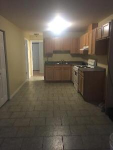Very clean 2 bedroom apartment in fourplex
