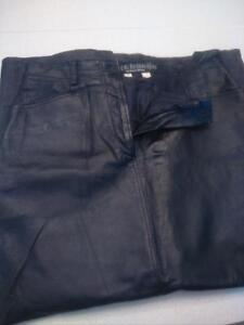 Woman's leather pants n skirt L
