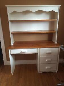 200$ ! Solid oak desk with removable hutch