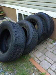 Winter tire 275/65r/18