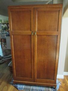 Wardrobe Closet Kijiji Free Classifieds In Calgary