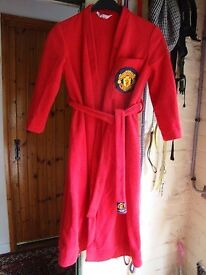 Childs Manchester United dressing gown chest size 85cm. back lenght 85cm
