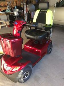 2015 Like New Invacare Comet Mobility Scooter