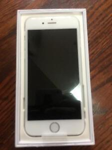 BRAND NEW IN BOX IPHONE 6 64 GB SILVER/WHITE