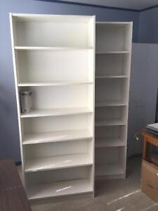 2 Bibliothèques blanches Ikea Billy