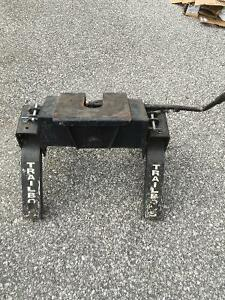 Reese Trail Boss 5th Wheel Hitch - Perfect Condition