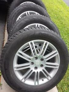 BRAND NEW TOYOTA VENZA ULTRA HIGH PERFORMANCE NOKIAN WINTER TIRES 245 / 60 / 18 ON TOYOTA ALLOY WHEELS
