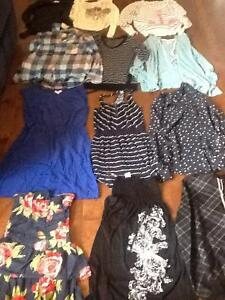 Lots de vêtements taille x-small, small
