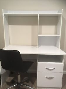 Desk with shelving space Springfield Gosford Area Preview