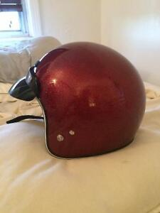 CASQUE (NEUF) VINTAGE 65$ LARGE (DOT CERTIFIED)