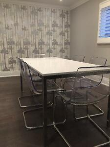 IKEA White gloss table with 6 chairs