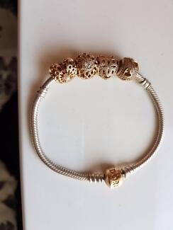 Pandora bracelet & 14ct charms
