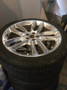 """22"""" Lincoln MKX rims with new tires- 1200$"""