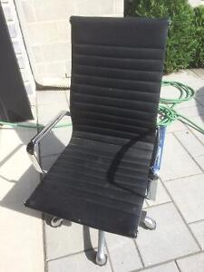 LexMod Ribbed High Back Office Chair West Island Greater Montréal image 1