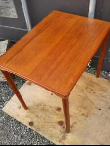 "Oakville Teak Table / SOLID WOOD / Vintage Mid-Century Danish MCM Retro Decor 15.5""X 21.5"" X 19"" high Lovely Red Brown"